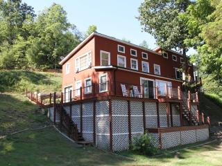River Mist Retreat - Riverfront home on 40 acres - Galax vacation rentals