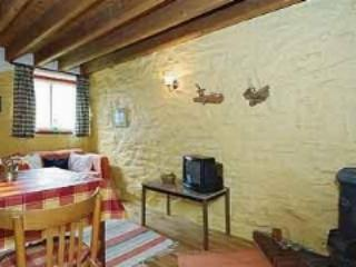 Pet Friendly Holiday Cottage - Bwthyn Bach, Talbenny Hall, Little Haven - Little Haven vacation rentals