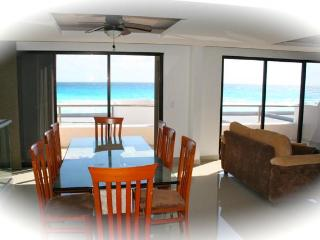 4 Bedroom Luxury... - Cancun vacation rentals