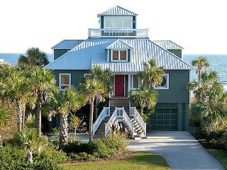 Charming Oceanfront, 3 Bed, 2.5 Ba, Rooftop Aerie! - Isle of Palms vacation rentals