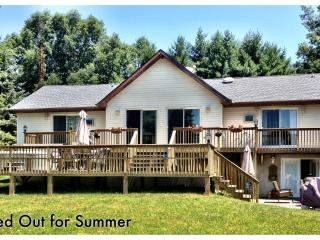 Luxurious Lake Front home - Blakeslee vacation rentals