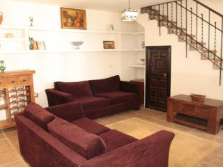 Granada Albaicin Traditional House sleeps 6 - Granada vacation rentals