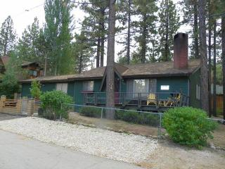 Robinson Lodge - Big Bear City vacation rentals
