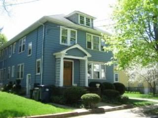 Alameda 1 - 2bed/1bath 1st Floor condo in Boston! - Boston vacation rentals