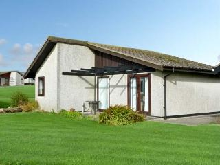 23 LAIGH ISLE, pet friendly, with a garden in Isle Of Whithorn, Ref 11400 - Dumfries & Galloway vacation rentals