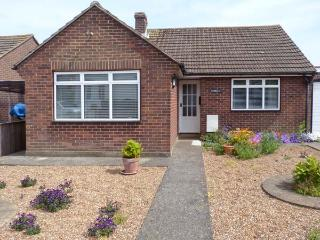 KERBELA, close to the beach, with a garden in Kingsdown , Ref 10086 - Kingsdown vacation rentals
