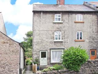THE OLD HAT SHOP, family friendly, country holiday cottage, with a garden in Cromford, Ref 9278 - Cromford vacation rentals