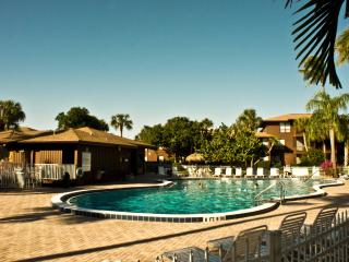 2/2 Renovated Lovely Condo Best Beach on Island! - Sanibel Island vacation rentals