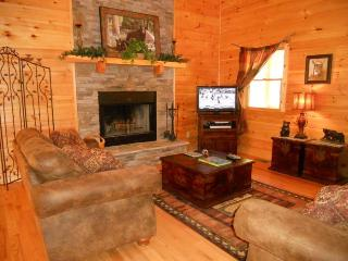 Welcome to The Grand Adventure - Talking Rock vacation rentals