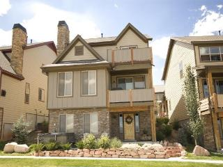 Gorgeous 4-Bedroom - Sleeps 10 - Park City vacation rentals