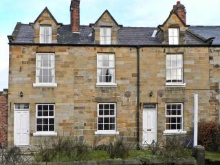 FAIRHOLME, pet friendly, character holiday cottage, with a garden in Hinderwell, Ref 12090 - Hinderwell vacation rentals