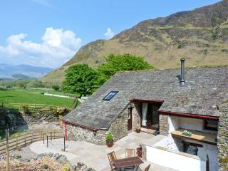 THE HAYLOFT, pet friendly, luxury holiday cottage, with open fire in Newlands, Ref 9031 - Newlands vacation rentals