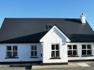 Ard na Mara, Roundstone Holiday Home - Roundstone vacation rentals
