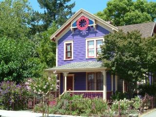 Adorable Purple Victorian - Lic #VR09-0018 - Napa vacation rentals