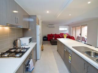 Villa BOXGRASS Melbourne with Free CAR Rental - Victoria vacation rentals
