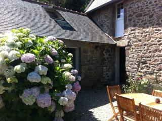 4 bedroom seaside farmhouse in Cancale - Brittany vacation rentals