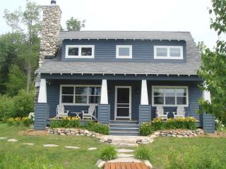 Charming Cottage on Lake Bellaire - Bellaire vacation rentals