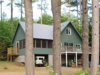Hear the loons on serene Kimball Lake - White Mountains vacation rentals