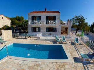 Villa with private pool and sea views - Sumartin vacation rentals