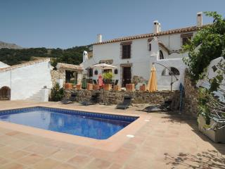 Traditional farmhouse with pool in rural Andalucia - Province of Malaga vacation rentals
