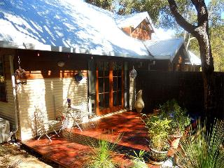Bickley Valley Retreat Bed & Breakfast - Western Australia vacation rentals