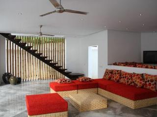 Villa Lulu -  2 bedrooms 150 m from SEMINYAK beach - Seminyak vacation rentals