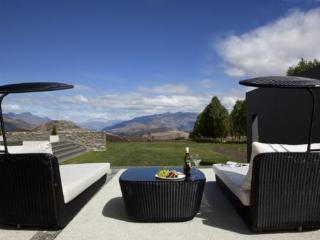 Kumanu, Queenstown - Queenstown vacation rentals