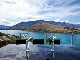 Twin Lakes, Queenstown - Queenstown vacation rentals