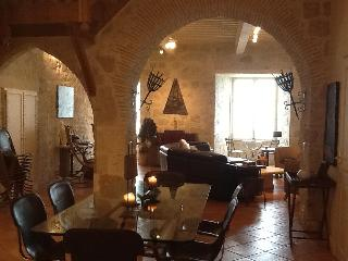 Magical 5 Bedroom Designer Home in 13th C Bastide - Tournon-d'Agenais vacation rentals