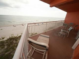 Chateaux 401 Indian Shores Florida Beach Condo - Indian Shores vacation rentals