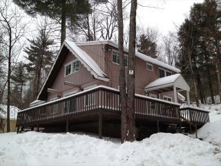 Eidelweiss Home with Pond Views 105982 - Lakes Region vacation rentals
