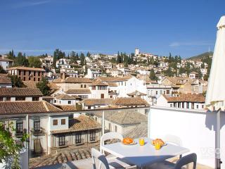 Granada Loft 5. 2 bedrooms for 6, terrace - Granada vacation rentals