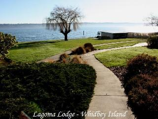 Whidbey Island Private Beach House on 1 Acre - Whidbey Island vacation rentals