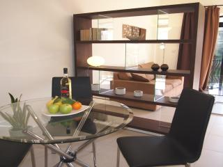 Luxury Air conditioned Apartment Sleeps 4 - Mellieha vacation rentals