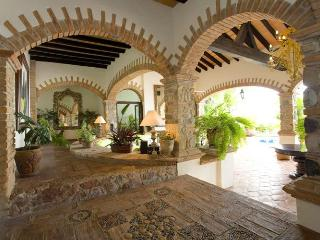 Casa Guacamole, charming,dramatic 4 bedroom villa - Puerto Vallarta vacation rentals