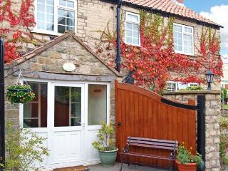 THE GELDING, pet friendly, character holiday cottage, with a garden in Wrelton, Ref 12614 - Wrelton vacation rentals