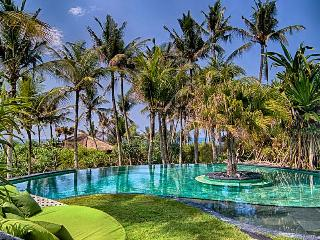 Beautiful 4 Bedroom Beach Villa,Seseh,Canggu,Bali. - Bali vacation rentals