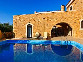 3 Bedroom,private pool villa + breakfast and Bbq - Chania Prefecture vacation rentals
