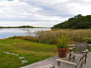 Kuffie's Point! What A Fantastic Spot! (Kuffie's-Point!-What-A-Fantastic-Spot!--VH415) - Vineyard Haven vacation rentals
