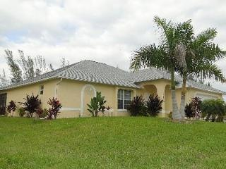 Martha's Villa - Private 3 BDRM Pool Home on Fresh Water Canal - Cape Coral vacation rentals
