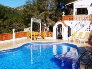 Peaceful Private 4 Bedroom Villa With Pool - Valencia Province vacation rentals
