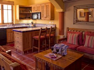 Casa Romantica - 2 bedroom home on the Baja - Freeland vacation rentals