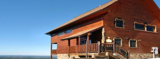 Above The Clouds (4) - Sevierville vacation rentals