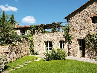 Beautiful Tuscan Villa with Pool on a Hillside with Wonderful Views  - Casa Angela - Monsagrati vacation rentals