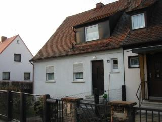 Vacation Apartment in Zirndorf - 624 sqft, family-friendly, in a prime location (# 2383) - Zirndorf vacation rentals