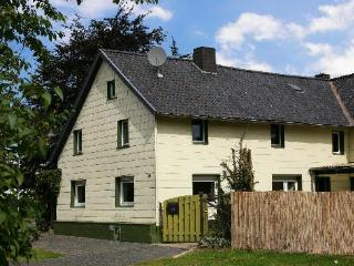 LLAG Luxury Vacation Home in Schöneseiffen - 1937 sqft, spacious (# 599) - Schleiden-Gemünd vacation rentals