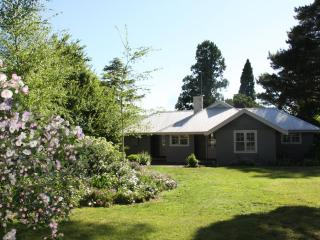 Book Barn Cottage - Berrima vacation rentals