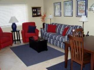 One Bedroom Destin Condo with Balcony/Lanai - Destin vacation rentals