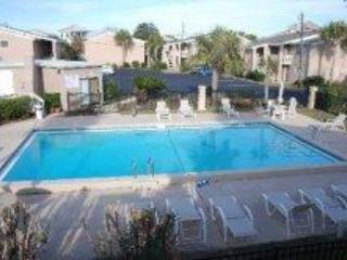 Two Bedroom, Within Steps of the Gulf of Mexico - Destin vacation rentals