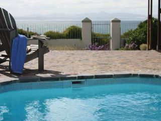 Ocean front Villa, 2-6 bedroom Cliffpath Westcliff - Hermanus vacation rentals